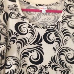LuLaRoe Dresses - Neat,nice, nearly new Lularoe Nicole 2x!